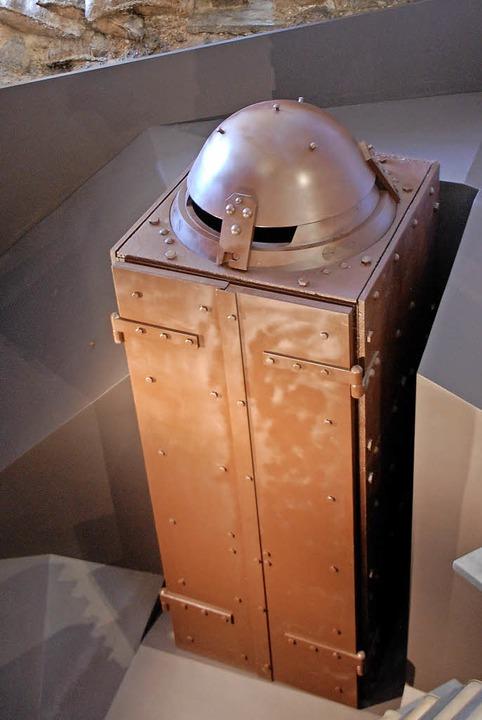 Frisch restaurierter Schutzstand für die Feindbeobachtung   | Foto: Nückles