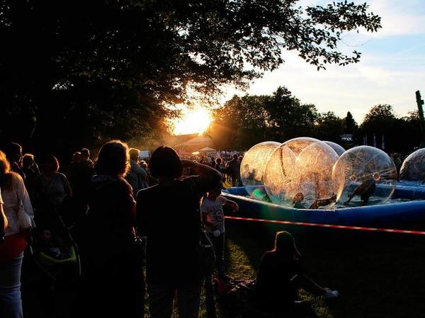 Tolle Stimmung beim Lichterfest im Bad Krozinger Kurpark