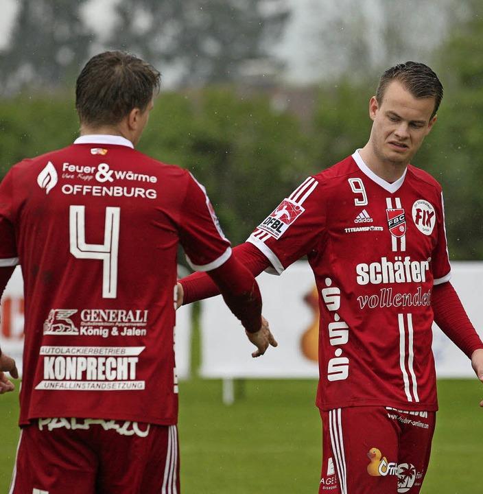 Matthias Lilienthal (links), Marius Ri...ag zu Hause eine klare Niederlage hin.  | Foto:  Alexandra Buss