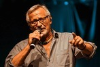 Fotos: Konstantin Wecker bringt Wut und Leidenschaft auf das ZMF in Freiburg