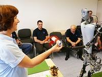 Roboter Sweaty tritt bei der Weltmeisterschaft in Japan an