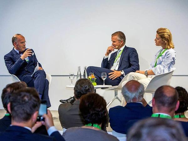 Podium mit Klaus Schweinsberg, Jan Rinnert und Jeannette zu Fürstenberg