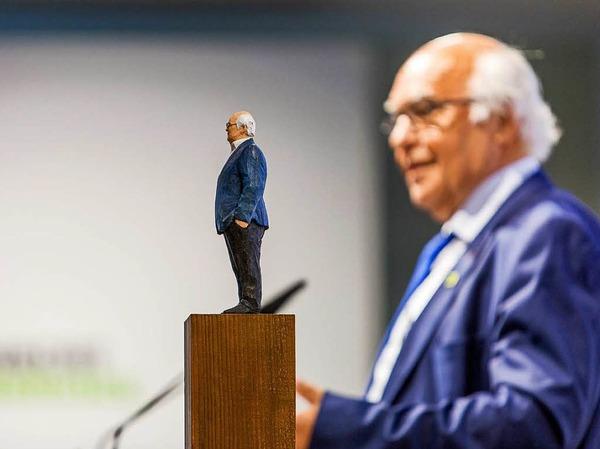 Martin Herrenknecht in Holz und in echt