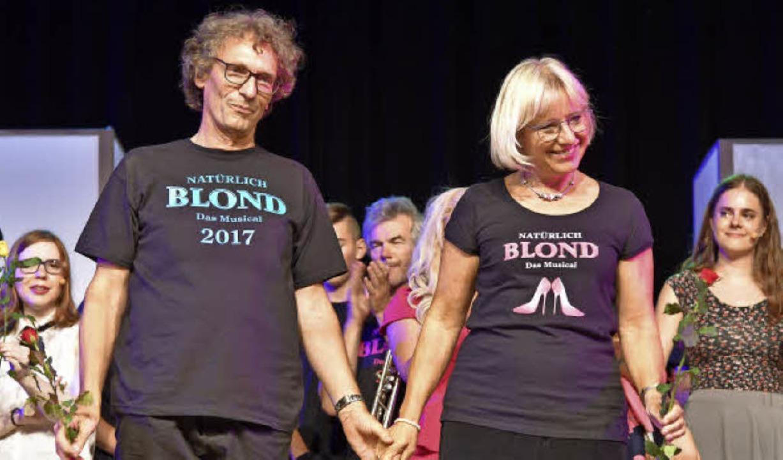 Holen sich den verdienten Applaus ab: Ulrike und Thomas Vogt  | Foto: Martin Eckert
