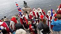 160 Weihnachtsmänner treffen sich zu ihrem 60. Weltkongress
