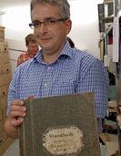 Kompass für Akten im Archiv
