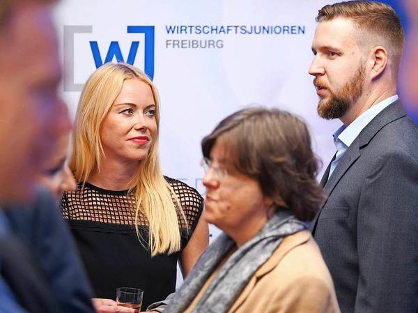 Apéro mit den Freiburger Wirtschaftsjunioren im BZ-Haus