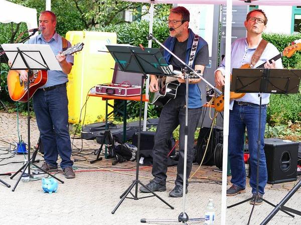 Gut unterhalten waren die Gäste bei der fünften School's-Out-Party mit musikalisch ausgewogenem Programm.