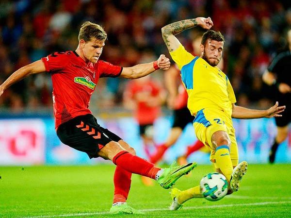 Der SC Freiburg gelingt der Saisonauftakt: Gegen den slowenischen Kontrahenten NK Domzale konnten sich die Freiburger mit 1:0  durchsetzen.