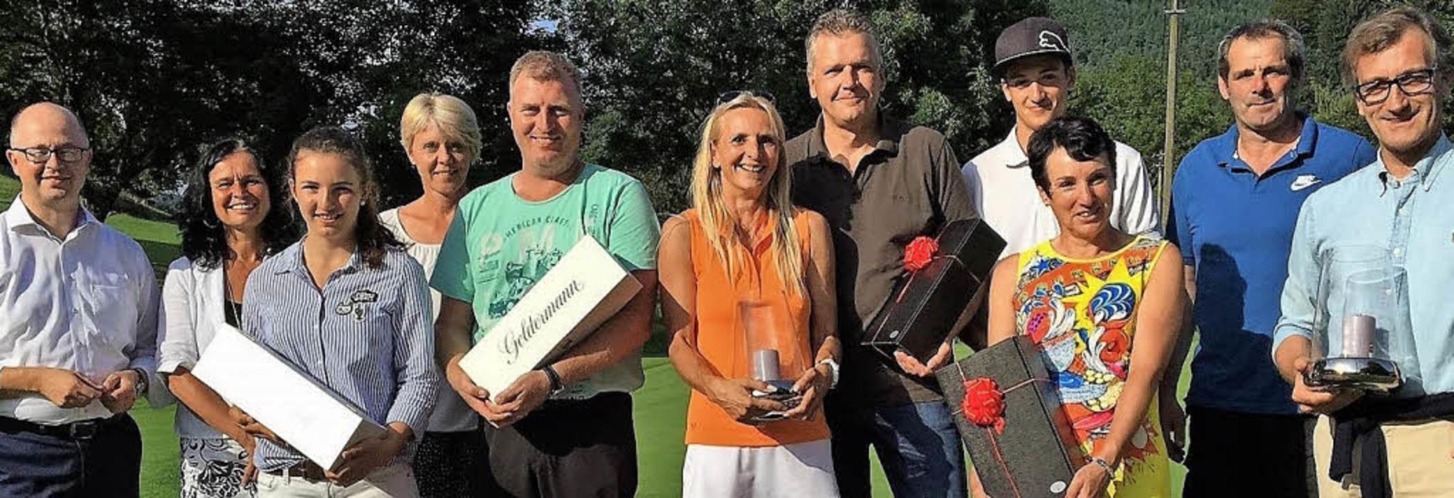 <BZ-FotoAnlauf>Golf:</BZ-FotoAnlauf> J...Nicht auf dem Bild ist Gloria Vergin.   | Foto: GCO