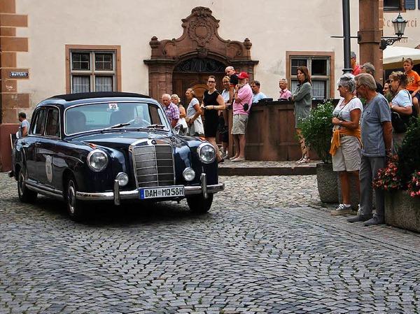 Schauinsland Klassik in Endingen: Ein Mercedes-Benz 220 S, Baujahr 1958.