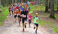 Laufen im Angesicht der Adlerschanze in Schönwald