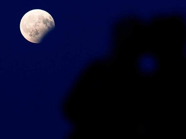 Die partielle Mondfinsternis über München