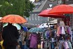 Ehrenkirchen: Lorenzemärt im Regen
