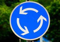 Pfaffenweiler klagt gegen den Kreisverkehr bei Ebringen
