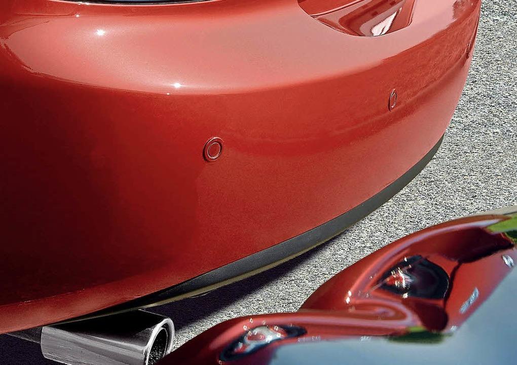 Abstand halten: Einparkhilfen aus dem ...del können Schäden am Auto vermeiden.   | Foto: Mazda/dpa