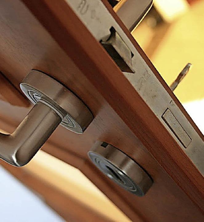 Bei offener Tür zu schlafen, um Schimm...vermeiden, darf nicht verlangt werden.  | Foto: fotolia.com/Wolszczak