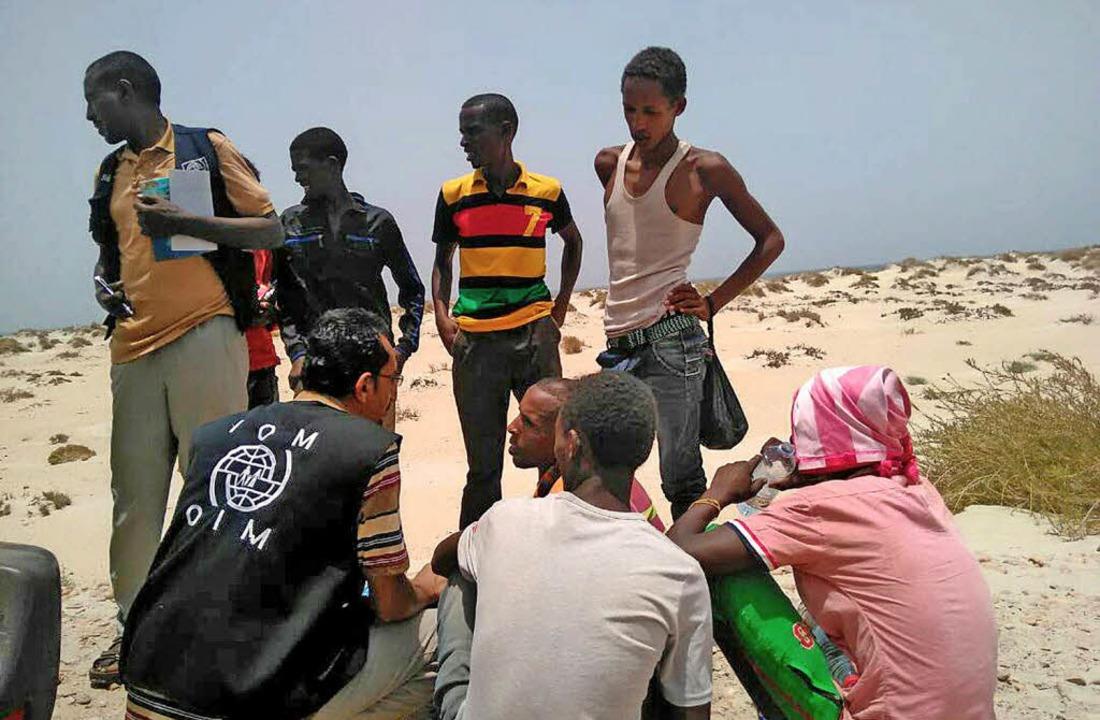 Afrikanische Flüchtlinge stranden in Jemen.  | Foto: dpa