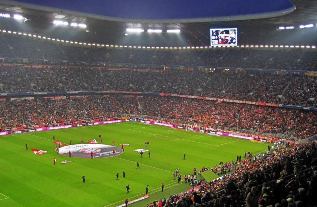 Zwei Mannschaften und bis zu 75000 Zus...nchner Allianz-Arena ist ein Erlebnis.  | Foto: Uwe Müller