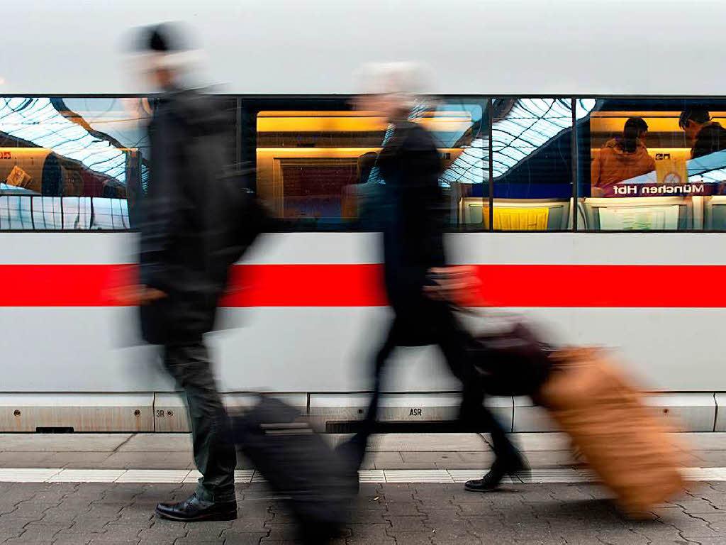 Bahnverkehr Rastatt-Karlsruhe gesperrt