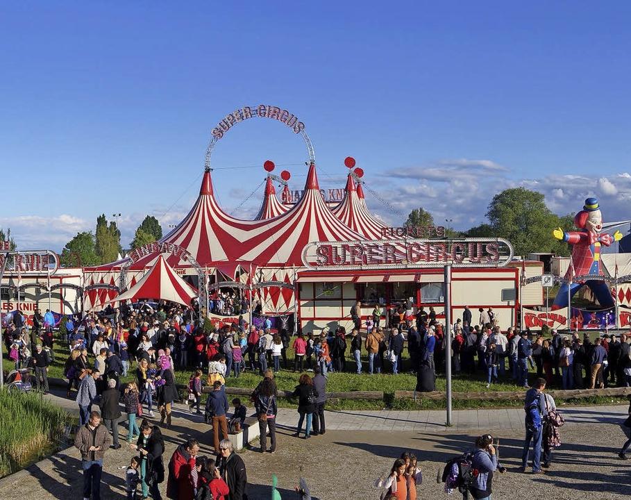 Auf geht's in den Zirkus Charles Knie !  | Foto: PR