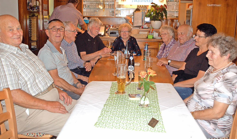Im Wilden Mann wird der Stammtisch noc...it Chefin Elfriede Weber am Kopfende.     Foto: Petra Wunderle