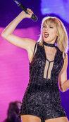 Taylor Swift gewinnt symbolischen Dollar vor Gericht