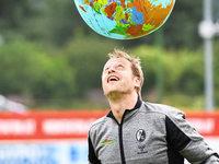 SC-Scout Klemens Hartenbach reist zur Talentsuche um die Welt