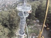 So wird der Schlossbergturm mit neuen Trägern gesichert
