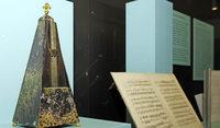 Poème symphonique: Bei 100 Metronomen wird das Pendel gelöst