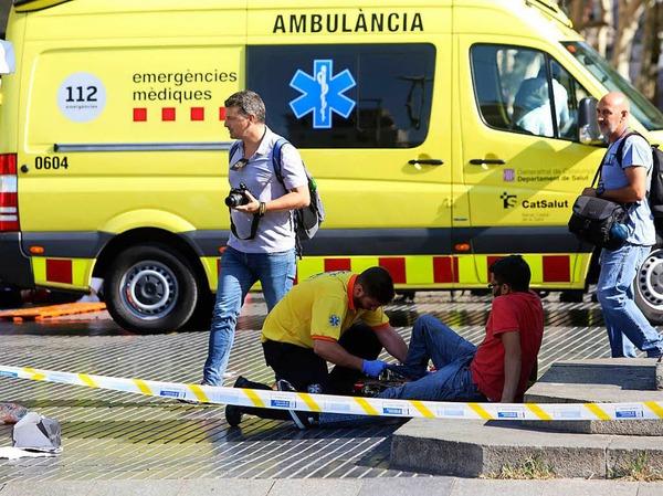 Auf Barcelonas Flaniermeile Las Ramblas hat es einen Terroranschlag gegeben.