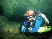 Ein Besuch in Deutschlands tiefster Unterwasserhöhle