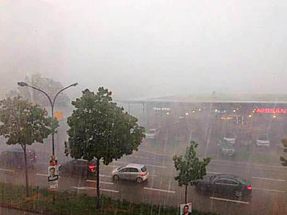 Unwetter in Freiburg  | Foto: Julia Dreier