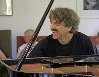 Blues und Boogie mit Pianist Thomas Scheytt