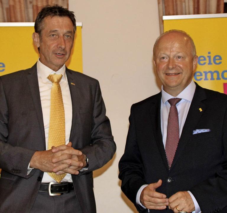 Beide Kandiaten bringen Erfahrungen au...fmann Bürgermeister von Bad Bellingen.  | Foto: Rolf Reißmann