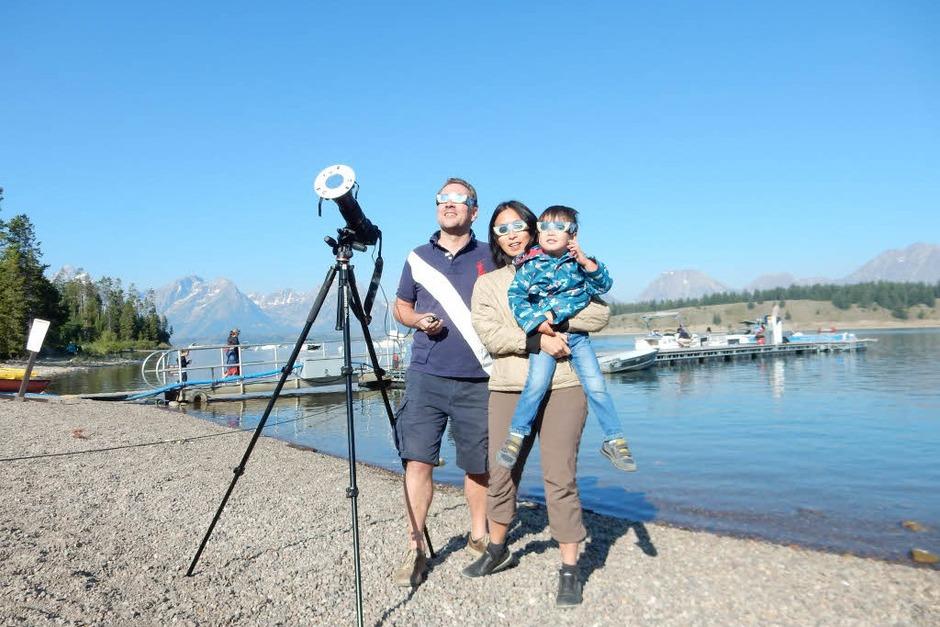 Der Freiburger Sven Hartmann mit Ehefrau Su-Ching Wang und Sohn Georg in Wyoming (Foto: Sven Hartmann)
