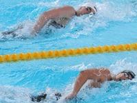 Spanischer Schwimmer verpasst Start für Schweigeminute