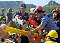 Schwere Schäden bei Beben auf Ischia