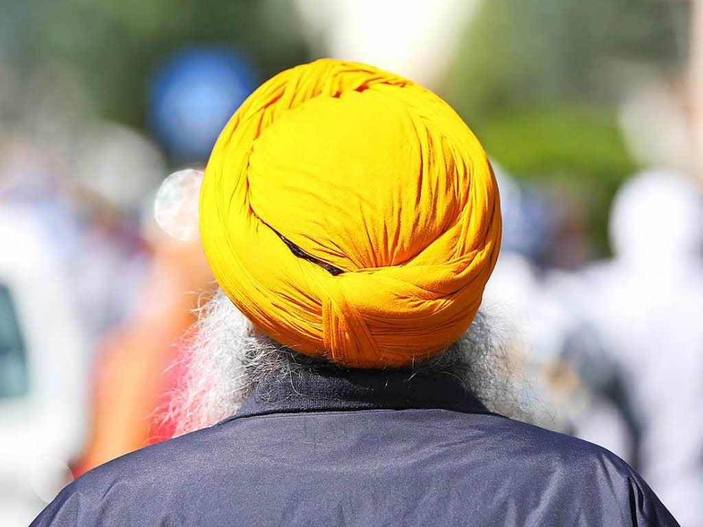 Turban statt Motorradhelm? Sikh zieht vor Verwaltungsgerichtshof