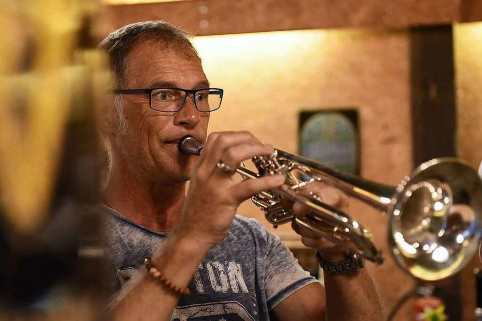 fetzige Musik mit den Eckepfätzer (Foto: Rita Eggstein)