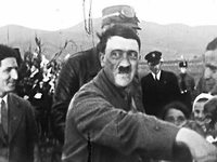 Historische Aufnahmen zeigen Hitler in Freiburg