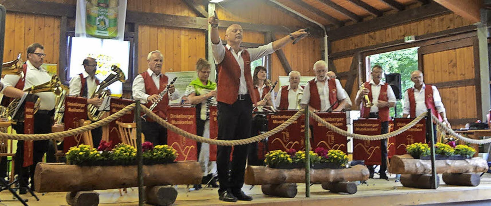 Besucher schwärmen zum Imkerfest - Kleines Wiesental - Badische Zeitung