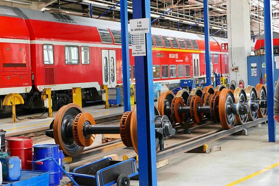 Besichtigung der DB-Regio-Werkstatt in Freiburg im Rahmen von B. Zettis Ferienspaß (Foto: Fabio Saporito)