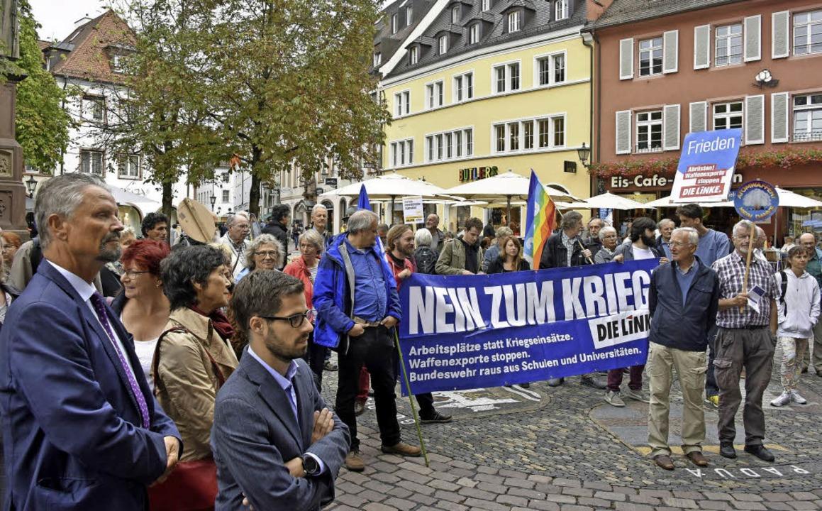 Kundgebung zum Antikriegstag auf dem Rathausplatz  | Foto: M. Bamberger