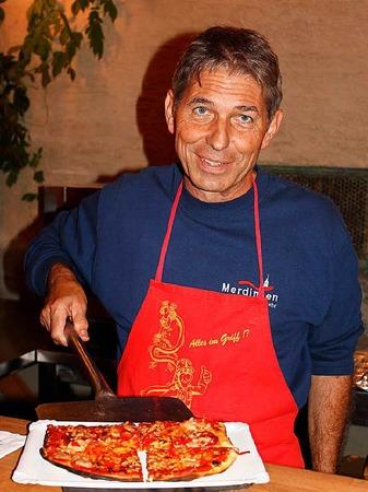 Flammenkuchen in vielen Variationen tischt die Freiwillige Feuerwehr auf.
