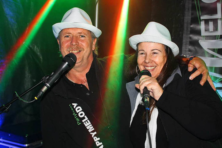 Happy Melody auf der Bühne bei  der Landjugend. (Foto: Mario Schöneberg)