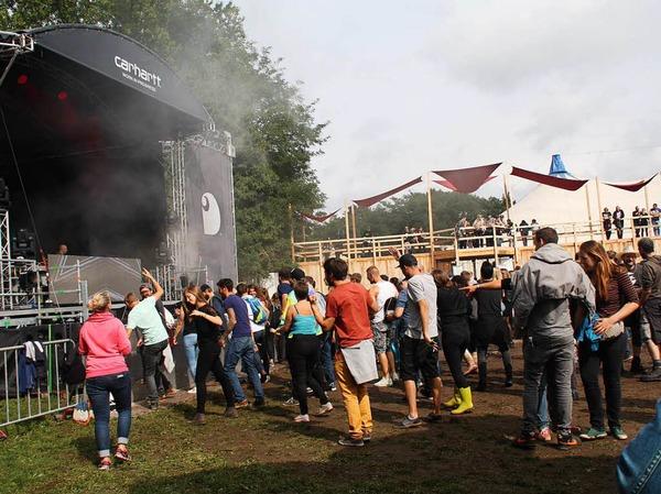 Tanzen und feiern: tausende Besucher kamen zum Grenzenlos-Festival nach Weil am Rhein.
