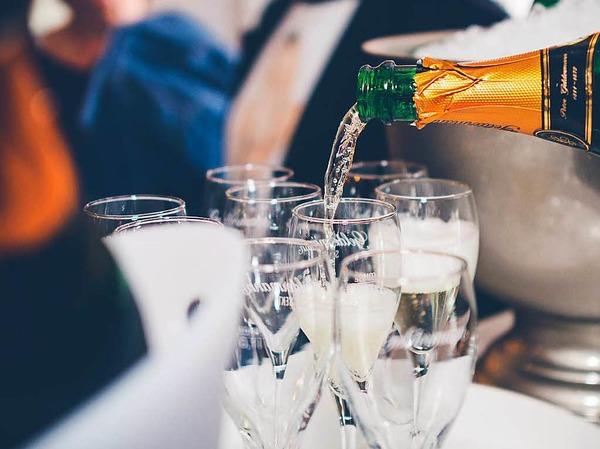 """Am Freitag feierte die Bar """"Lebemann"""" in der Habsburgerstraße Eröffnung. Es gab Cocktails und Wurstsalat."""