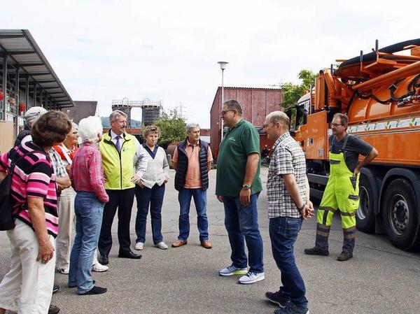 Spannende Einblicke erhielten die Teilnehmerinnen und Teilnehmer der BZ-hautnah-Veranstaltung beim Bau- und Gartenbetrieb Lahr.