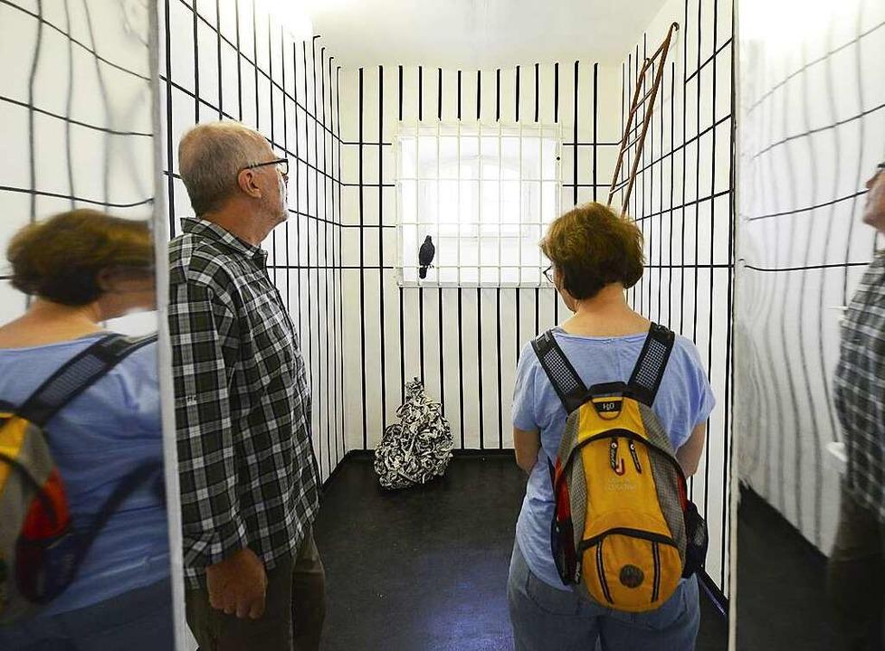 Wie bedrückend die Zellen wirken, davo...n sich die Besucher selbst überzeugen.  | Foto: Ingo Schneider